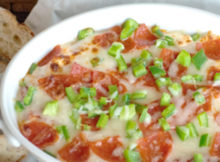 10-Minute Layered Pizza Dip Recipe