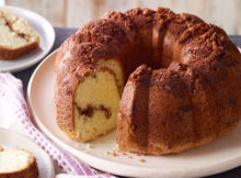 Weight Watchers Moist Sour Cream Coffee Cake Recipe